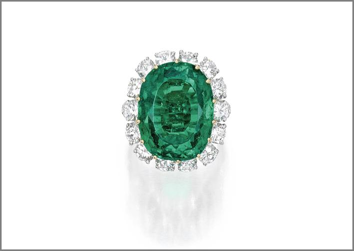 Anello con smeraldo e diamanti appartenuto a Elizabeth A. Keck
