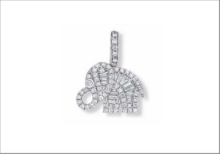 Ciondolo a forma di elefante in diamanti