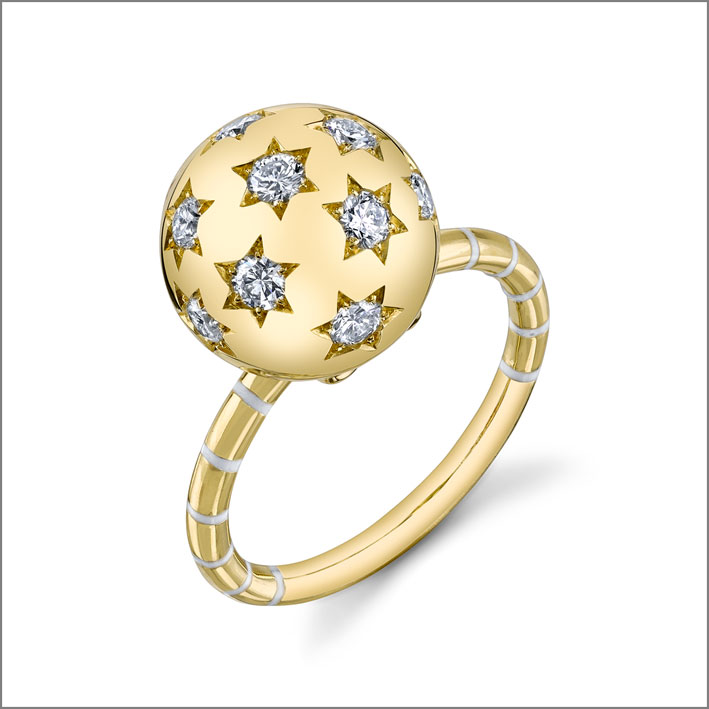 Anello Ethel in oro e diamanti. Prezzo: 5250 dollari