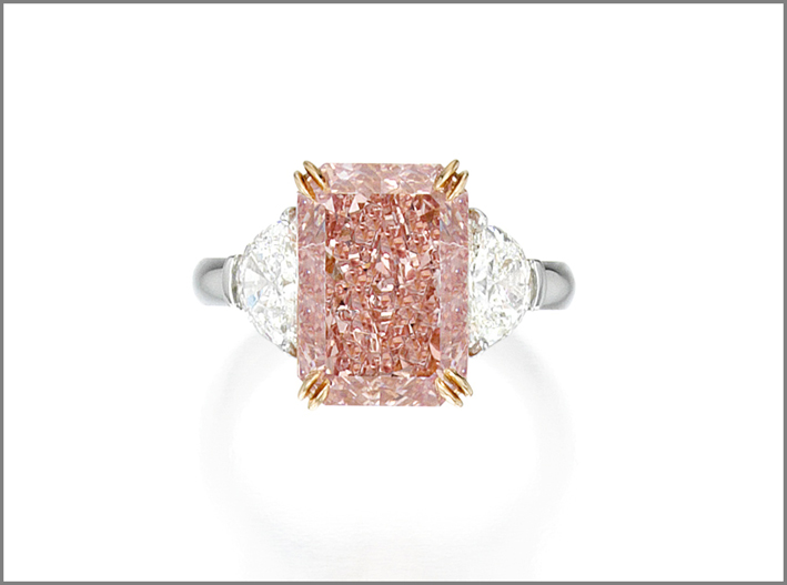 Anello con diamante rosa-orange