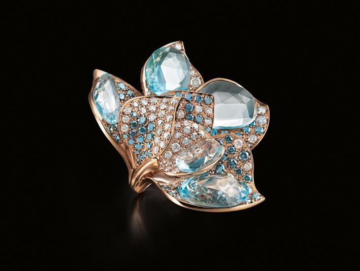 Iris, anello in oro, diamanti, acquamarina