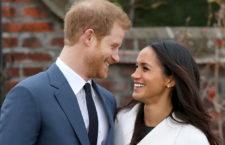 Meghan Markle indossa gli orecchini Birks nel suo debutto ufficiale con il principe  Harry