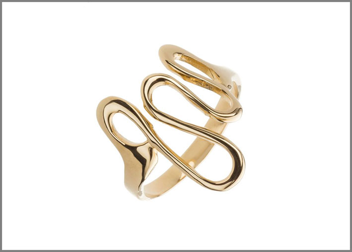 Margrova, anello in oro giallo
