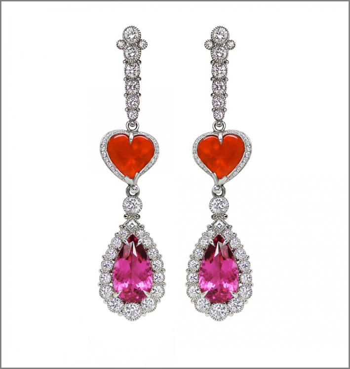 Orecchini in platino con rubellite di 7,77 carati, diamanti