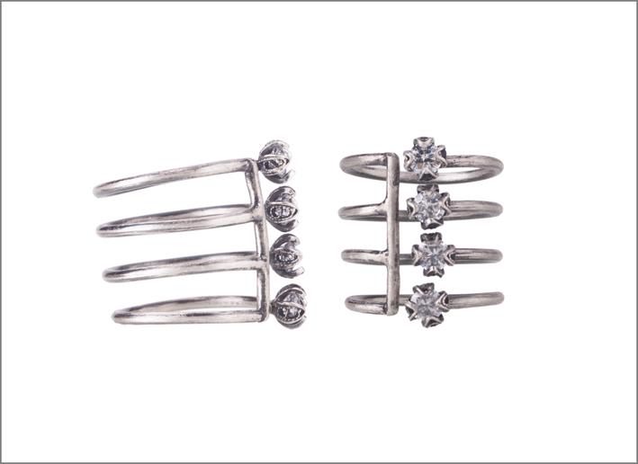 Anello multiplo in argento. Prezzo: 232 euro