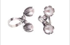 Anello con perle. Prezzo: 331 euro