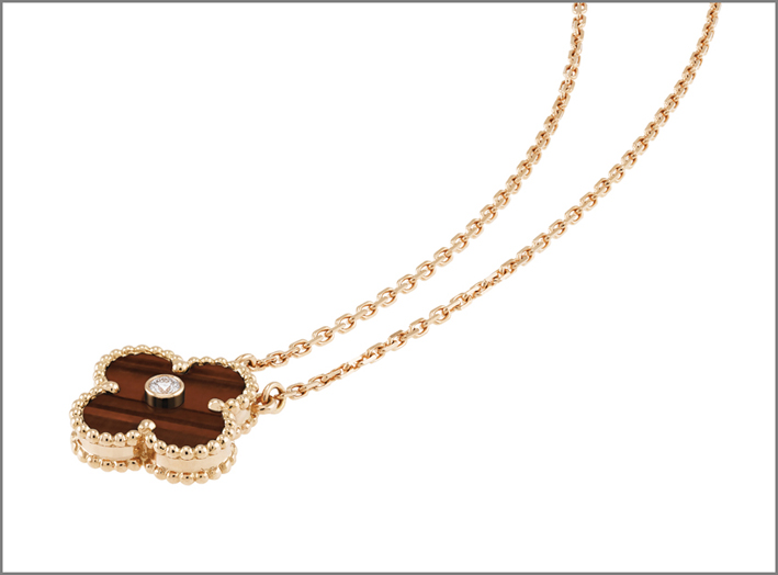 La collana con pendente Alhambra di Van Cleef & Arpels