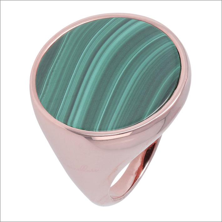 Bronzallure, anello con incassatura a notte di malachite