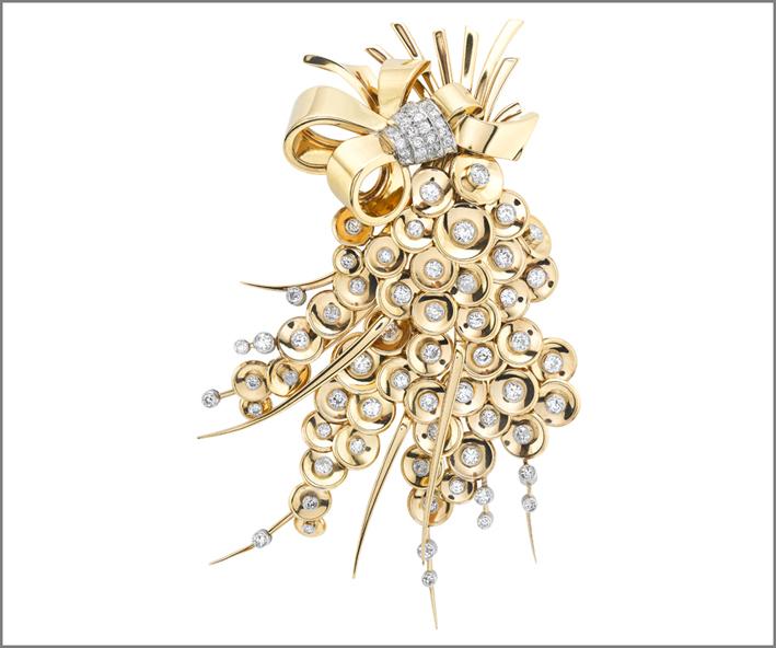 Clip Paillettes, 1948. Oro giallo, platino, diamanti. Collezione Van Cleef & Arpels