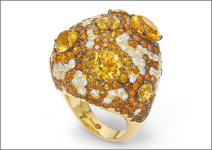 Roberto Coin, haute couture, anello con citrini, topazi e diamanti bianchi, oro 18 carati