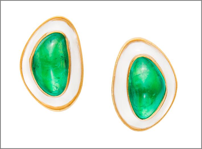 Orecchini con smeraldi
