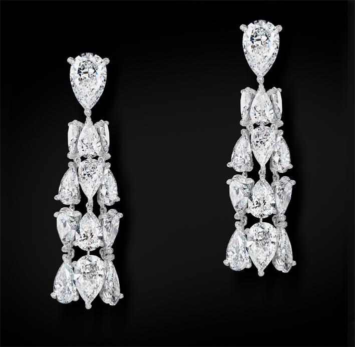 Alta gioielleria, orecchini con diamanti