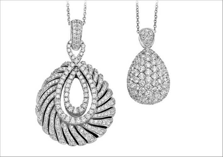 Pendenti con pavé di diamanti