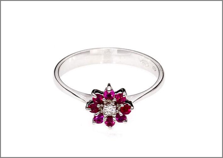 Anello con rubini e diamante