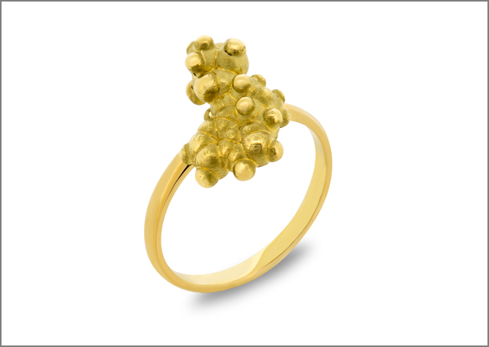 Anello Giallo, in oro giallo 18 carati