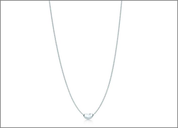 Collana Bean, design Elsa Peretti. Prezzo: 150 euro