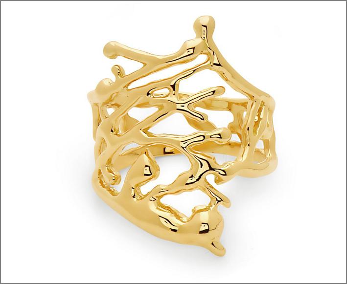 Grande anello Splatter in oro giallo. Prezzo: 2280 dollari