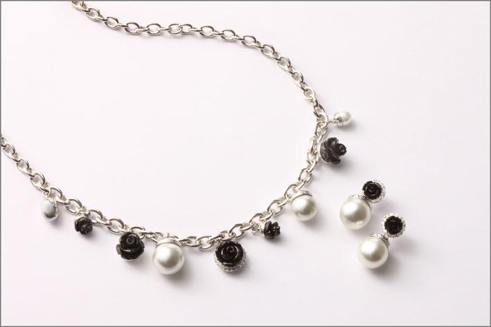 Collezione Mediterraneo 18, collana e orecchini con perle