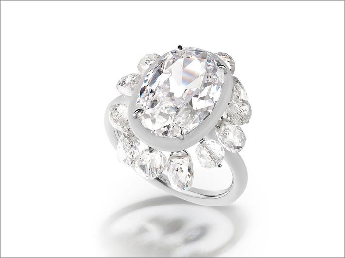 Anello con diamante ovale Type II taglio ovale