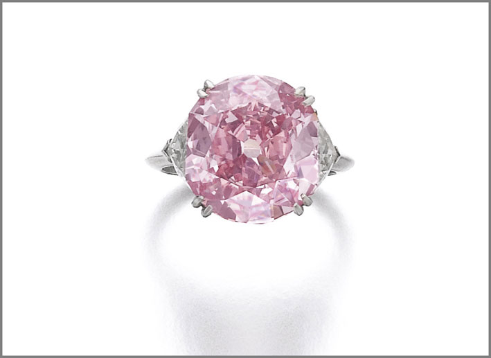 Anello con diamanti rosa purpureo intenso di Piaget