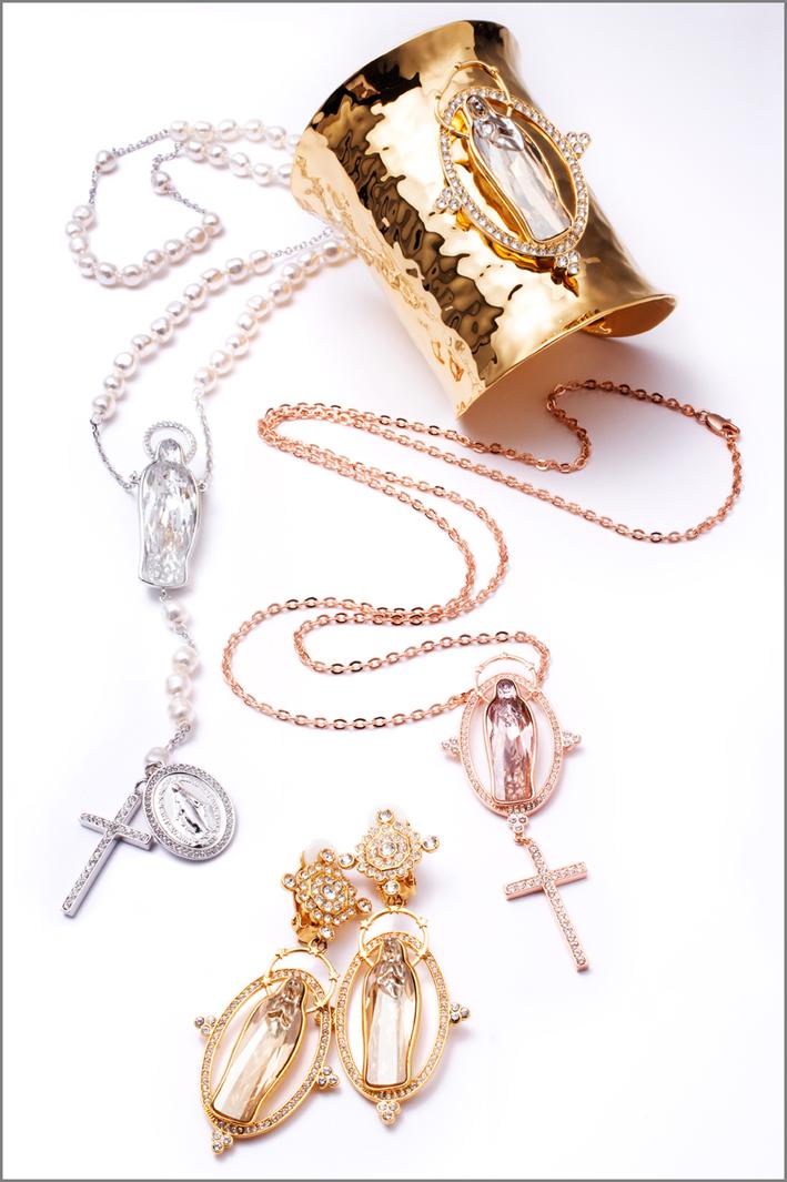 L'insieme della collezione Virgin Mary
