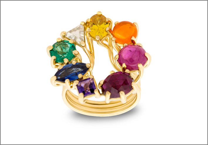 Anello Earth in oro giallo, diamante, zaffiro, rubino, opale di fuoco, ametista, smeraldo