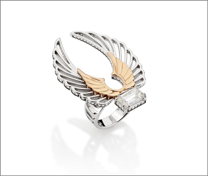 Collezione Arpia, anello  Fly