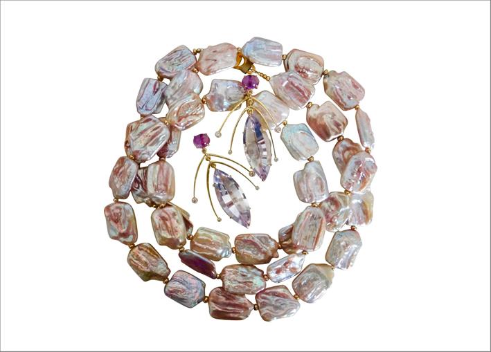 Collana e orecchini cinetici con perle keshi e ametista