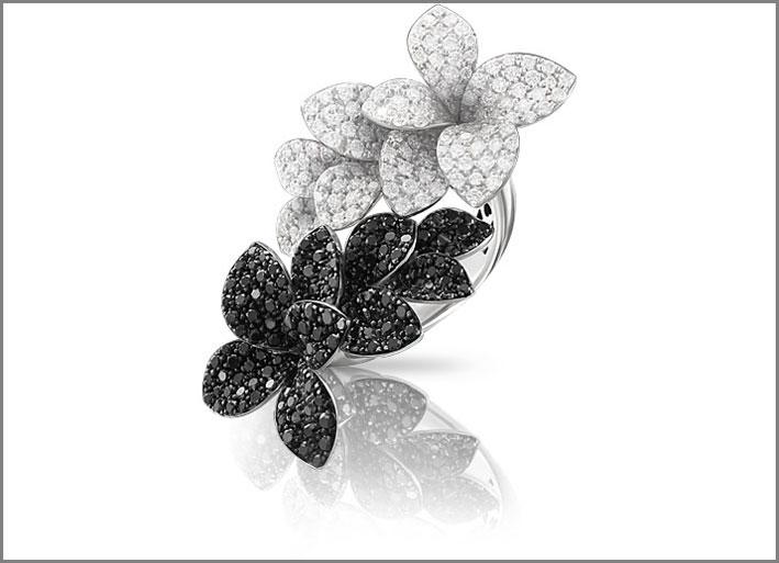 Pasquale Bruni, anello in oro bianco con diamanti bianchi e neri
