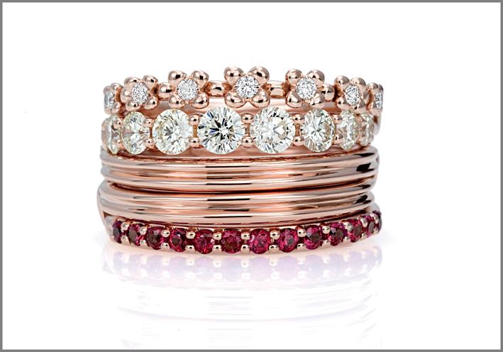 Anello oro rosa, diamanti, rubini