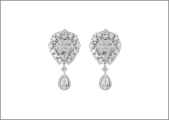 Orecchini Eternal in oro bianco e diamanti