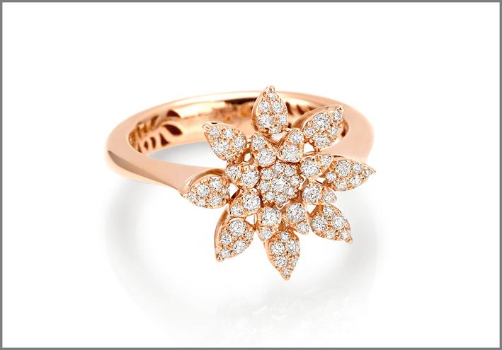 Anello in oro rosa e diamanti