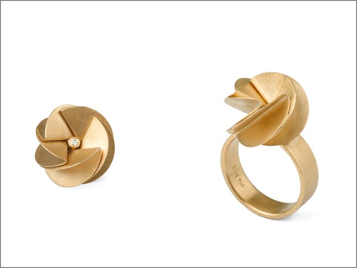 Anello in oro 18 carati di Barbara Schulte-Hengesbach