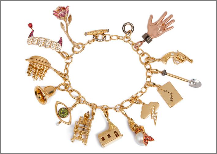Annoushka, Il bracciale con tutti i ciondoli della collezione The Charms