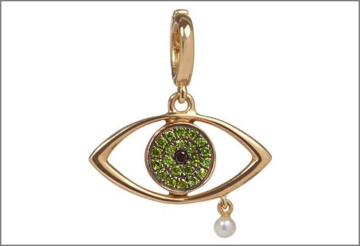 Ciondolo a forma di occhio in oro giallo, diamanti verdi, perla