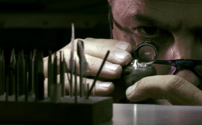 Laboratorio Garavelli, la scelta delle pietre