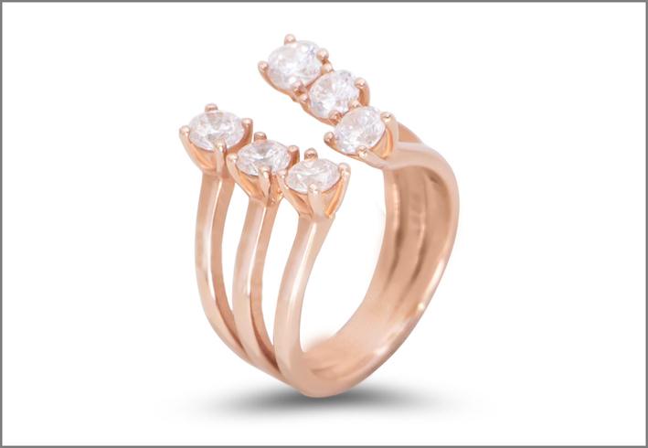 Anello placcato oro rosa con sei pietre Diamonique
