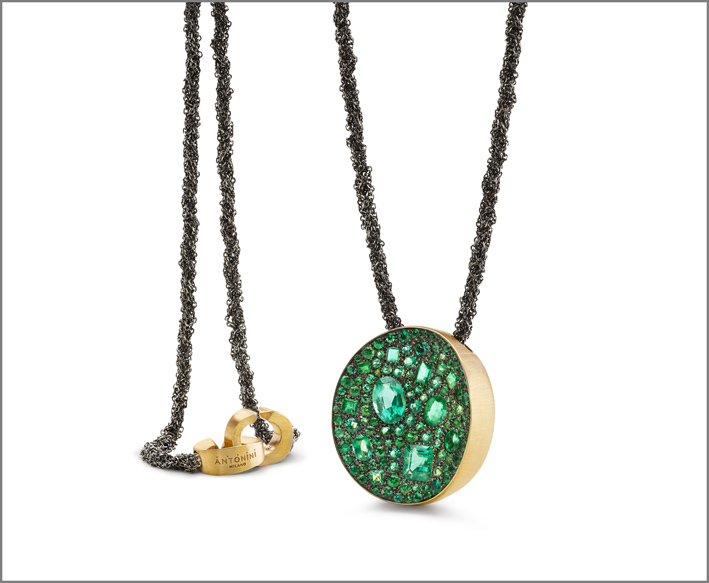 Antonini, Extraordinaire in oro, Pendente Mosaic con smeraldi di diversi tagli