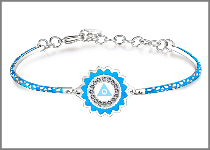 Bracciale in acciaio con smalti celesti e cristalli Swarovski Elements chakra i speak. Prezzo: 34 euro