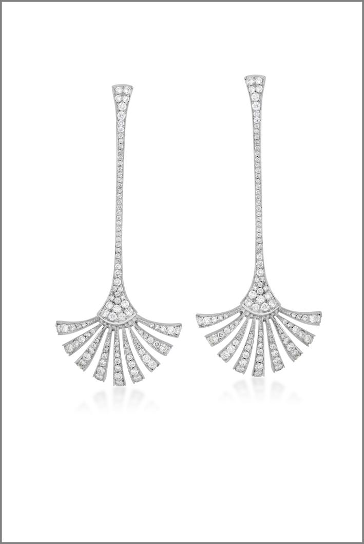 Brumani, orecchini in oro bianco e diamanti