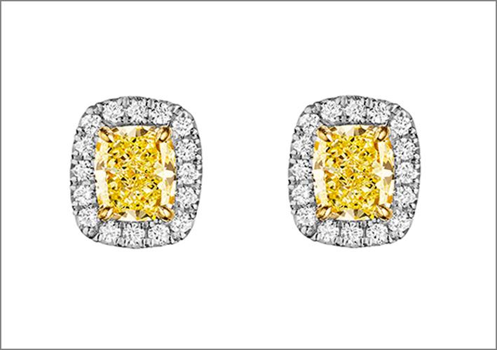 Orecchini con diamanti fancy yellow e diamanti bianchi