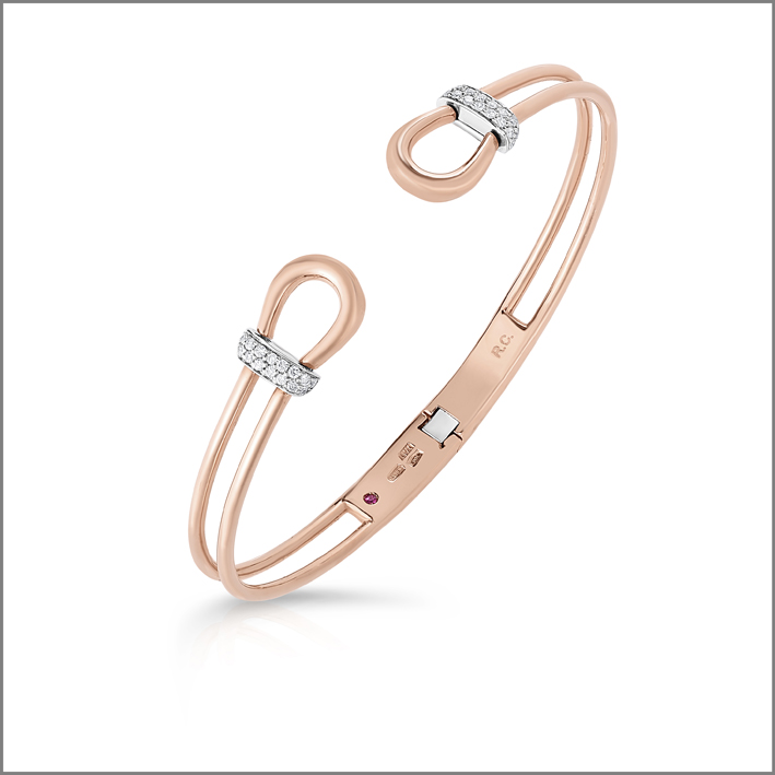 Rose gold bangle with white diamonds