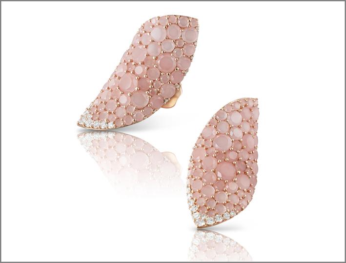 Pasquale Bruni, orecchini in oro e calcedonio rosa