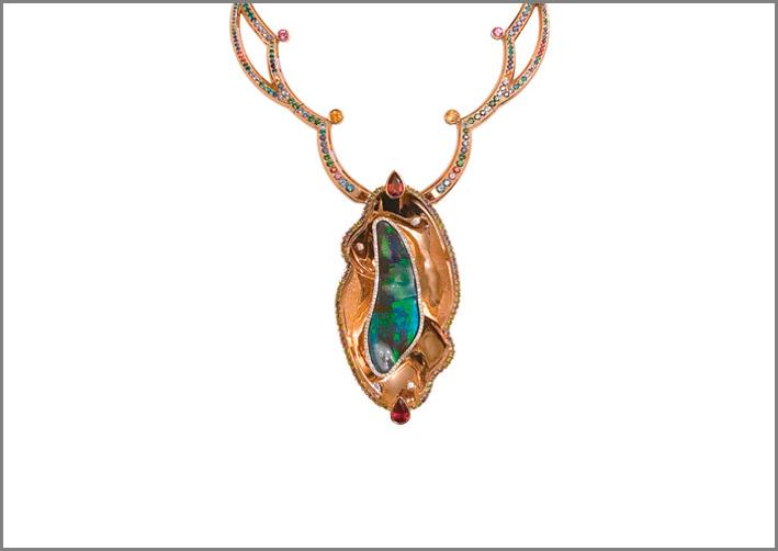 Jaime Moreno, pendente con opale boulder verde