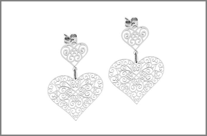 Collezione Arie, orecchini con pendente a cuore