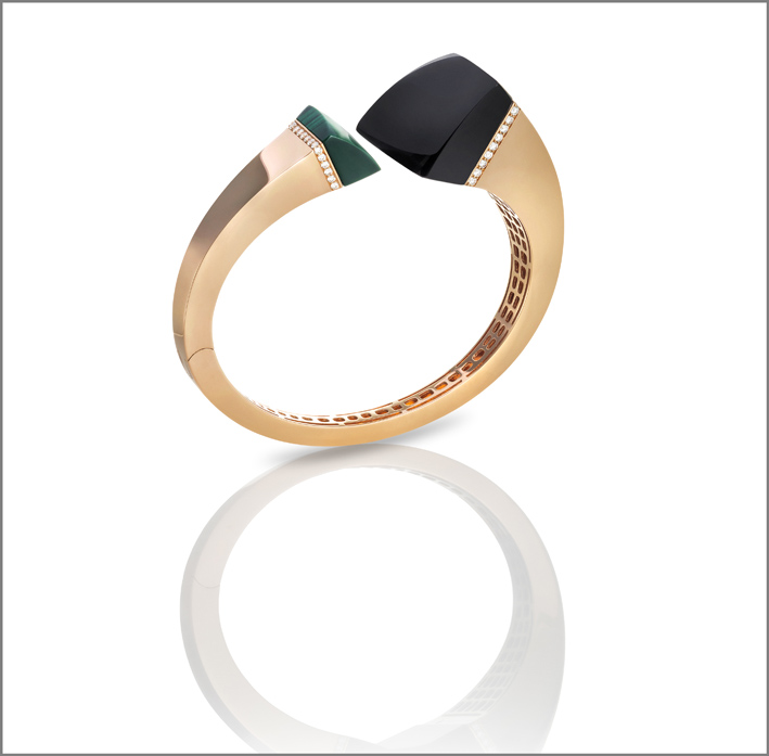 Rose gold cuff with black jade, malachite and diamonds