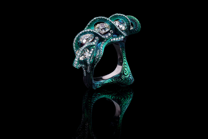 Wallace Chan, anello Onde. Diamanti e titanio