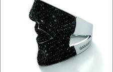 Garavelli, anello in oro bianco e diamanti neri