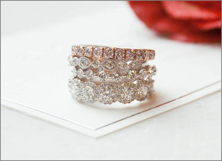 Anello multiplo di diamanti