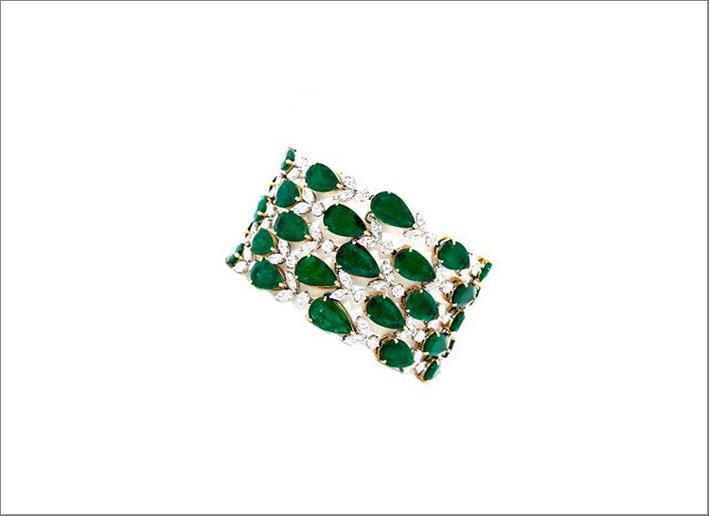 Bracciale con diamanti e smeraldi